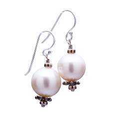 Cultured pearl drop earrings