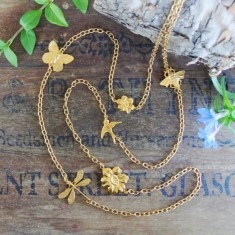 Solana gold charm necklace