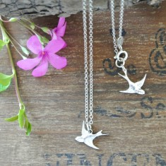 Bea silver swallow necklace
