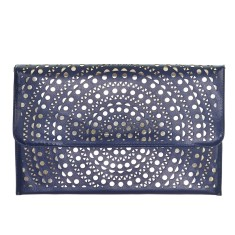 Leah cut-out clutch