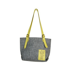Felt shoulder bag tote bag with leather straps and giraffe