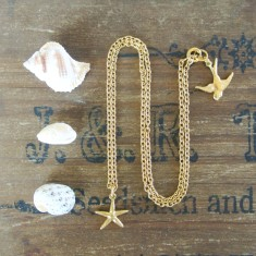 Mia gold starfish necklace