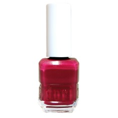 Nail polish in fuchsia finish