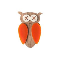 Hoot brooch