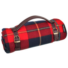 Family-sized picnic rug in traditional tartan fleece