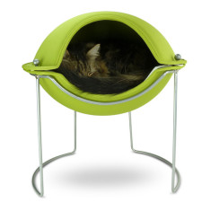 Hepper pod pet bed in green