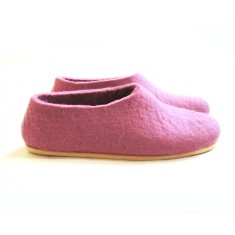 Women's felted slippers in lilac love