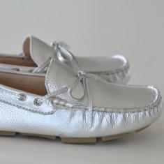 Girls' silver moccasins