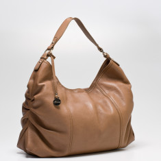 Rosie large leather Hobo in taupe