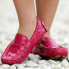 Pink patent croc moccasin