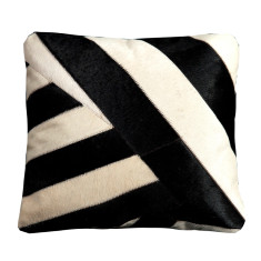 Vamos cowhide cushion
