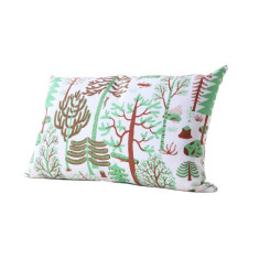 Kauniste Metsa rectangular cushion cover in green
