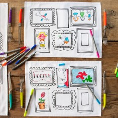 Doodle frame placemats (set of 4), with wash-out pens