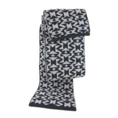 Badabing wool scarf
