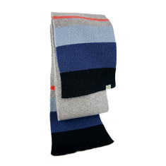 Litmus wool scarf