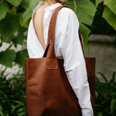 Rustic Tan Leather Poppins Bag