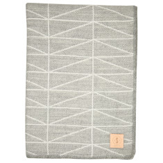 Geo throw in grey