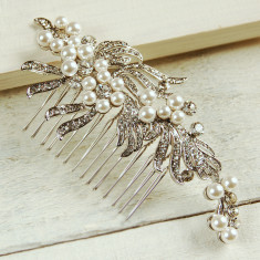 Large Ribbon Pearl Hair Comb