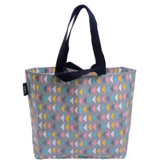 Shopper bag in arrows