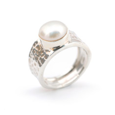 Beaten sterling silver and pearl ring