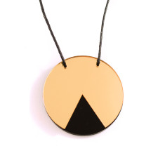 Geo circle cecklace in gold mirror & black