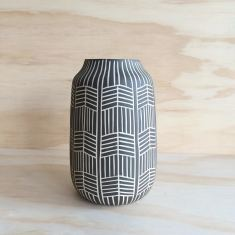 Arrow Vase (Various Colours)