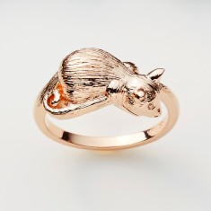 Possum ring in gold or rose gold plate