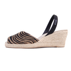 Toro leather sandals in taupe