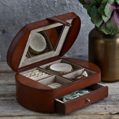 Personalised Vintage Style Jewellery Box