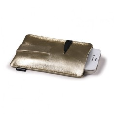 Leather case for iPod or smartphone