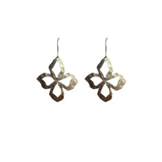 Battered flower earrings in silver