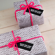 Knitted Gift Wrap Set