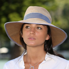 Signature fine woven raffia ladies hat