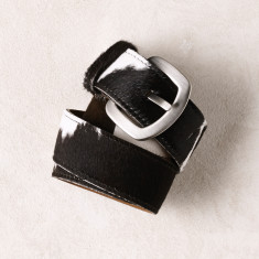 Jeans belt in black and white cowhide