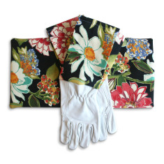 Gardeners kneeling pad & gloves in Pierette Licorice