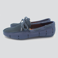 Splash boat shoe in dark blue with blue lace
