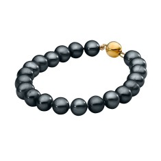 Black pearl bracelet with 9ct yellow gold clasp