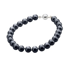 Black pearl necklace with sterling silver clasp