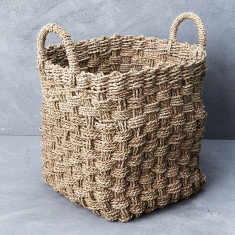 Square seagrass laundry basket with handle