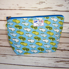 Classic vintage car print toiletry bag