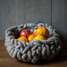Medium wool bowl in grey