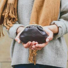 The Sabina Classic Ladies Leather Clasp Purse