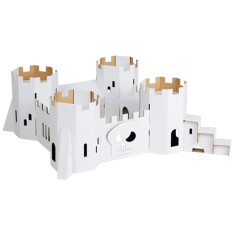 Calafant cardboard pirate fortress
