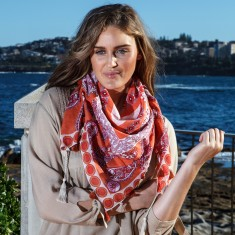 Carnival cotton scarf in coral