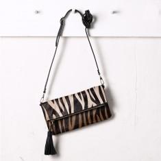 Carolina clutch in zebra