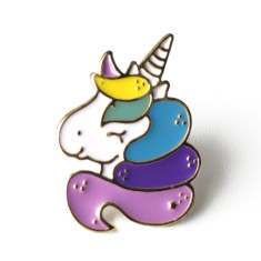 Rainbow unicorn brooch pin
