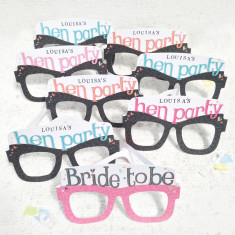 Personalised hen party card glasses