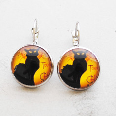 Le chat noir glass dangle drop earrings in silver