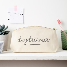 Daydreamer slogan pouch