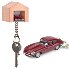Jaguar E-Type key ring & beechwood garage